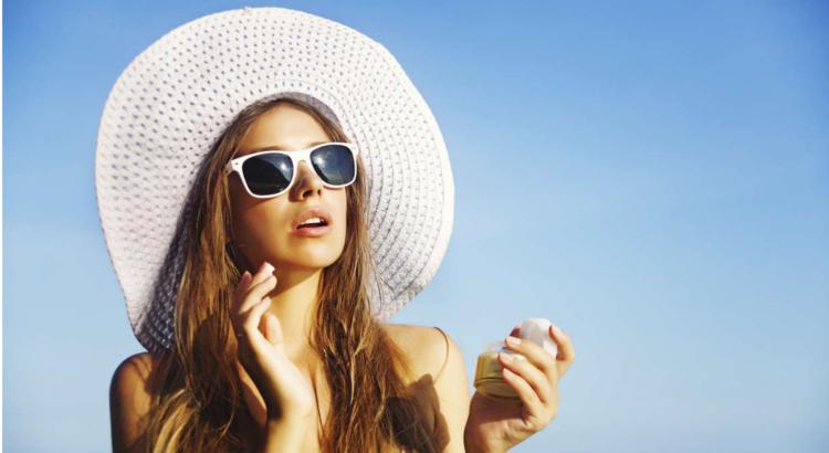 Diferencias-entre-bronceador-fotoprotector-y-crema-de-sol